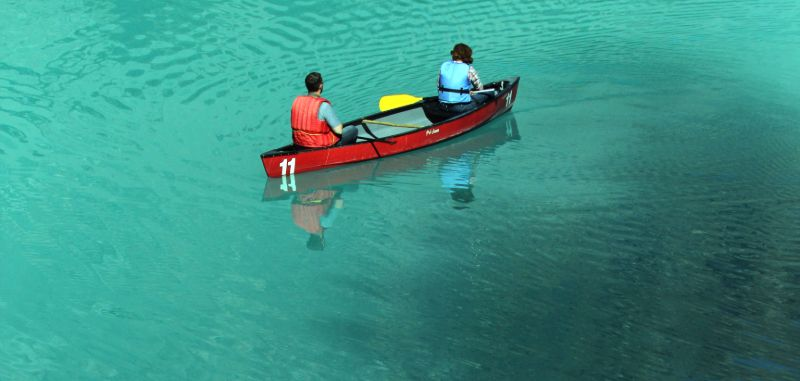 Canoe, Emerald Lake, Yoho National Park, BC
