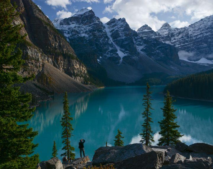 Photographer in Moraine Lake, Banff National Park, AB; image: Yuval Shapira